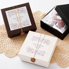 ハーブティー プレゼント おしゃれ パッケージ Brand Packaging, Box Packaging, Packaging Design, Wax Tablet, Web Mockup, Paper Crafts, Diy Crafts, Vintage Branding, Little Boxes