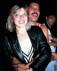 Freddie Mercury and Mary Austin 008 Mary Austin Freddie Mercury, Queen Freddie Mercury, Celebrity Skin, Queen Band, Famous Couples, Save The Queen, Cute Faces, Best Couple, Paul Mccartney