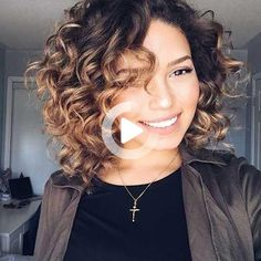 #curlyhairstyles High Ponytail Hairstyles, Side Bangs Hairstyles, Medium Bob Hairstyles, Hairstyles With Bangs, Bangs Ponytail, Hair Bangs, Layered Curly Haircuts, Bob Haircut Curly, Haircuts For Fine Hair