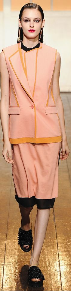Cédric Charlier Spring 2015 Ready-to-Wear Spring Summer 2015, Love And Light, Passion For Fashion, Spring Summer Fashion, Peplum Dress, Ready To Wear, Coral, Design Inspiration, Glamour