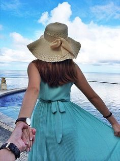 Come away with me to Bali Follow Your Heart, Follow Me, Murad Osmann, Dont Leave Me, Hold My Hand, Beautiful Couple, My Man, Hats For Women, Cool Photos