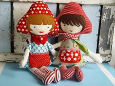 Toadstool girl dolls {via RevoluzZza}