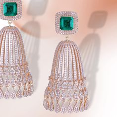 Incredibly Beautiful and for the contemporary woman. Diamond Jumkas, Diamond Earrings Tiffany, Diamond Earrings Indian, Fancy Earrings, Diamond Earing, Diamond Jewellery, Gold Earrings, Gold Pendent, Pendant Set