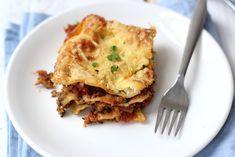 Jullie weten inmiddels wel dat wij gek zijn op ovenschotels, lasagne en Italiaans eten. Vandaag hebben we lasagne met spinazie en pesto gemaakt.