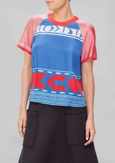 SADIE WILLIAMS & OTHER STORIES This boxy top is crafted from luxurious silk and features bold geometrical prints on the body and fine metallic ones on the raglan sleeves.