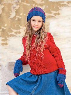 Ажурный пуловер спицами для девочки, шапка и варежки