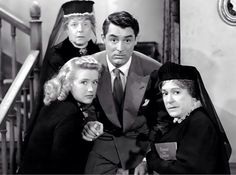 Jean Adair, Priscilla Lane, Cary Grant and Josephine Hull in Arsenic and Old…