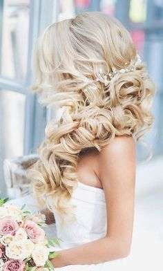 Voluminous Side-Swept Curls - Stunning Wedding Hair Ideas to Steal For Your Big Day - Photos
