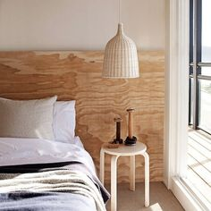 plywood headboard....love the wood grain!