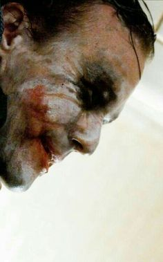 The Joker (Heath Ledger) - The Dark Knight. best Joker RIP my friend Joker Dark Knight, The Dark Knight Trilogy, Jokers Wild, Heath Ledger Joker, Joker Pics, Le Clown, Dc Comics, Best Villains, Fritz Lang