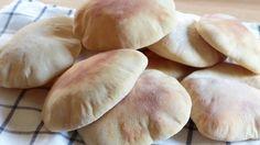 ★ Este vídeo es sobre cómo hacer en casa pan de pita. Receta con trucos que aseguran un resultado óptimo. ★ Aquí puedes leer sobre qué harina comprar para el...