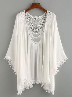 Summer Beach Style - Lace Trimmed Crochet Insert Kimono - White - Bra and Bikini Fashion Estilo Hippie, Hippie Boho, Bohemian Style, Boho Chic, Hippie Shoes, White Bohemian, Style Kimono, Look Boho, Brokat