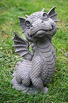 Ddraig: Looking at the top of the Ars-Bavaria Sitting Dragon Figure Garden . Dragon Statue, Dragon Art, Magical Creatures, Fantasy Creatures, Dragon Garden, Pottery Animals, Cute Dragons, Baby Dragon, Garden Statues