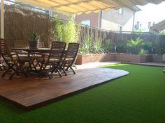 http://www.quejardines.com Diseño de terraza con tarima de madera ipe y césped artificial en las rozas de madrid