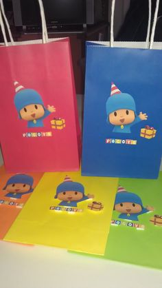 Pocoyo gift bags that I made. Took me about 1 hour to cut and put these 5 together. Leo Birthday, 2nd Birthday Party Themes, Baby Boy 1st Birthday, Happy Birthday Parties, Birthday Ideas, Fiesta Party, Childrens Party, Baby Party, First Birthdays