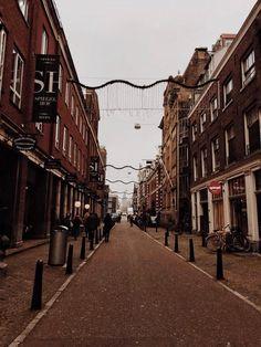 #amsterdam #amsterdamcity #europe #visitamsterdam #amsterdamphotography #travel  #travelwithYNA #traveltheworld #visiteurope