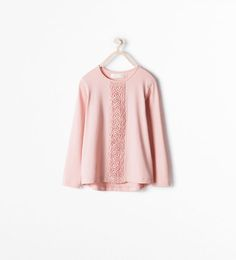 T-SHIRT WITH GUIPURE LACE DETAILING