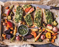 Oven-Baked Salmon and Root Vegetables This gorgeous recipe from the new Half Baked Harvest cookbook is everything we want on a cozy fall night -- minimal clean up included. Salmon Recipes, Fish Recipes, Vegetable Recipes, Seafood Recipes, Roasted Root Vegetables, Root Veggies, Oven Baked Salmon, Roasted Salmon, Healthy Dinner Recipes