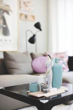 Masculine and feminine pastels. Article, Boligmagasinet.