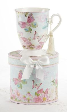 Gift Boxed Pastel Butterfly Mug with Tassel - 'rosesandteacups' ♥≻★≺♥