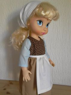 Cindy's servant look! Little Disney Princess, Disney Princess Dolls, Disney Dolls, Disney Animators Collection Dolls, Cinderella Doll, Disney Animator Doll, Toddler Dolls, Maid Dress, Doll Repaint