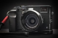 I'll say this right up front: what you're about to read is not a review of the Fujifilm X100T. That's a good thing, because I'm a lousy camera reviewer. So