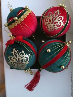 1 million+ Stunning Free Images to Use Anywhere Quilted Christmas Ornaments, Royal Christmas, Fabric Ornaments, Christmas Toys, Handmade Ornaments, Christmas Deco, Handmade Christmas, Christmas Tree Ornaments, Christmas Wreaths