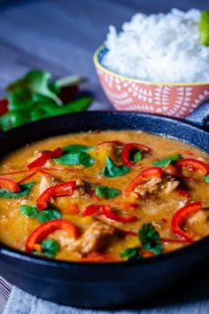 If you're a Thai food fan then a Slow Cooker Thai Red Curry is a must try - think chillis, sweetness, and buckets of flavour, all on one plate! Can be made in a crockpot too! Slow Cooker Thai Curry, Crock Pot Curry, Slow Cooker Chicken Curry, Slow Cooker Recipes, Crockpot Recipes, Oven Recipes, Crockpot Dishes, Rice Recipes, Soup Recipes