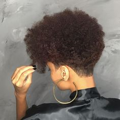 Undercut Natural Hair, Natural Hair Haircuts, Natural Hair Short Cuts, Tapered Natural Hair, Short Sassy Hair, Short Hair Cuts, Natural Hair Styles, Short Shaved Hairstyles, Types Of Hair Color
