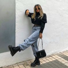 Old School fashion discovered « niubi. Edgy Outfits, Winter Fashion Outfits, Cute Casual Outfits, Mode Outfits, Retro Outfits, Vintage Outfits, Beach Outfits, Outfits With Boots, Outfit Winter