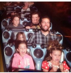 Shay Carl and the Shaytards! Shay always has the best expressions on these things lol.
