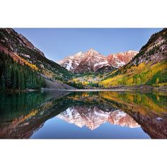Maroon Bells, Colorado | #CO #reflection #snow #mountain #love #follow #wow #nature #earthporn #heavenonearth #lake #pretty #beautiful #beautifulpic