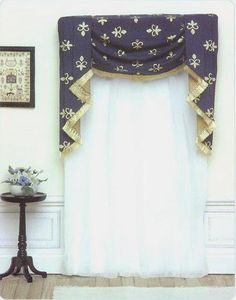 yup, miniature curtains - site has lots, with tutorials!