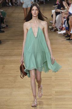 Chloé womenswear on the runway of Paris Fashion Week spring/summer 2015…