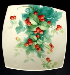 Decals For Porcelain China China Painting, Tole Painting, Dinner Plate Sets, Christmas Paintings, Painting Lessons, China Porcelain, Arts And Crafts, Plates, Antiques