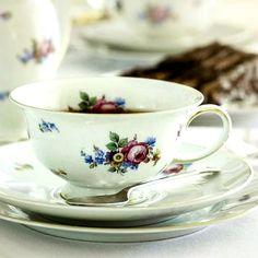 Tourism, Tea Cups, Holidays, Luxury, Street, Friends, Breakfast, Tableware, Amazing
