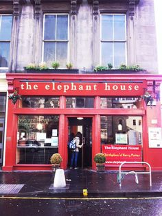 """the elephant house, edinburgh, scotland. The """"Birthplace of Harry Potter"""" where Rowling wrote the first book."""