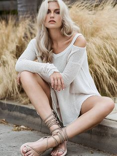 www.jessicasirls.com fashion style sweater Free People Moonshine V-neck Pullover at Free People Clothing Boutique