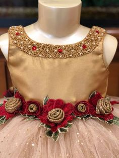 Kids Party Wear Dresses, Girls Party Wear, Kids Dress Wear, Dresses Kids Girl, Kids Outfits, Baby Lehenga, Princes Dress, Frocks And Gowns, Kids Frocks Design