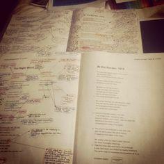 Annotations d'un étudiant (poésie) qui déteste ça (voir ses hashtags sur Instagram). Discussion avec un de ses camarades de classe.