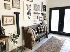 BackRoadSignCo on Instagram | Black and White Foyer Entry Farmhouse