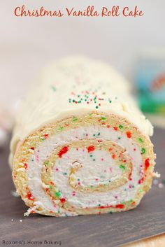 Looking for Fast & Easy Cake Recipes, Christmas Recipes, Dessert Recipes! Recipechart has over free recipes for you to browse. Find more recipes like Christmas Vanilla Roll Cake. Christmas Goodies, Christmas Desserts, Christmas Treats, Holiday Treats, Holiday Recipes, Christmas Parties, Christmas Recipes, Christmas Eve, Holiday Baking