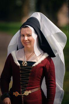 suknia burgundzka - Турнир Святого Георгия