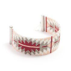 Bracelet 100% fait à la main en France !!  ► DESCRIPTION   Longueur du bracelet : entre 13 et 14 cm de tissage + 5 cm de chaînette d'extension grâce à laquelle le brace - 17638395