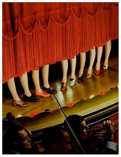 Cover for McCall magazine, photo Nickolas Muray, George Eastman House. Nickolas Muray, Eastman House, 1940s Shoes, Vintage Shoes, Vintage Clothing, 1940s Woman, Pin Up, Tap Dance, Dance Pics