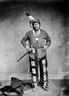 Missouri Chief Eaten Raw - Wathake-ruche 1868 Native American Photos, Native American Indians, Indian Artwork, Plains Indians, Aboriginal People, Native Indian, Before Us, Early American, First Nations
