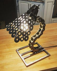Items similar to Roller Chain Desk Lamp on Etsy Welding Art Projects, Metal Art Projects, Metal Crafts, Diy Welding, Welding Tools, Lampe Metal, Roller Chain, Steampunk Lamp, Scrap Metal Art