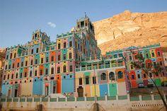 Buqshan hotel in Khaila Wadi Do'an - Yemen -  اليمن by Eric Lafforgue, via Flickr