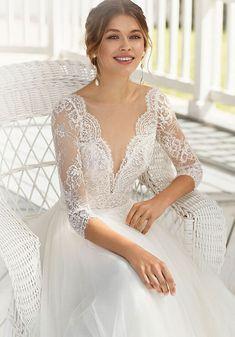 Rosa Clara Wedding Dresses, Bridal Dresses, Wedding Gowns, Wedding Bride, Fairytale Bridal, Elegant Ball Gowns, Wedding Dress Pictures, Gown Photos, Dress Out