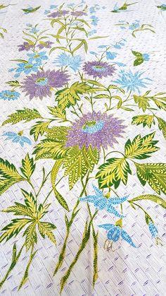 Old sarong with dutch influenced flower pattern Batik Fashion, Sarongs, Botanical Flowers, Surface Pattern, Ikat, Flower Patterns, Handicraft, Celery, Fabric Design